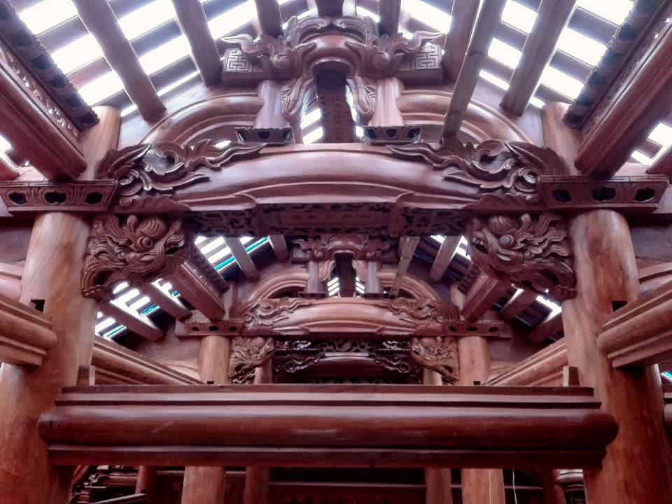Những công trình nhà gỗ đồ sộ, tinh xảo được thợ Nam Lộc xây dựng